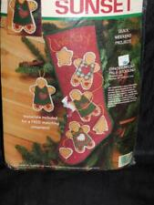 Sunset Gingerbread Pals Christmas Stocking Felt Applique Craft Kit Country Folk