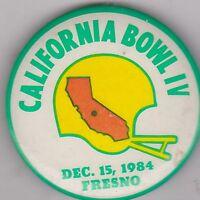 "VINTAGE 2 1/4"" PINBACK #20-018 - SPORTS NCAA - 1984 CALIFORNIA BOWL - FOOTBALL"