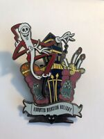 DLR 13 Treats In 5 Frightful Weeks Series Jack On Front Gates Disney Pin LE (B6)