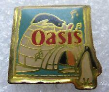 Pin's Boisson Jus de Fruit OASIS Pingouin animal #1109