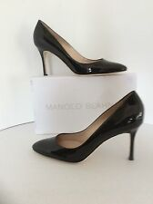 Manolo Blahnik Lisa Black Patent Leather Pump Pointy size 42
