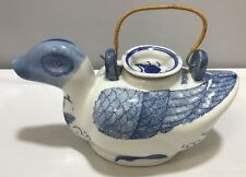 Vtg Porcelain Ceramic Blue White Duck Tea Pot W/Lid Hand Painted Made In China