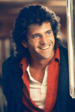 Mel Gibson As Martin Riggs In Lethal Weapon 11x17 Mini Poster Smiling Red Shirt