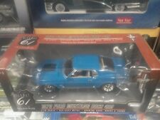 1 18 HIGHWAY 61 1970 MUSTANG BOSS 429 IN GRABBER BLUE WITH WHITE INTERIOR #50278
