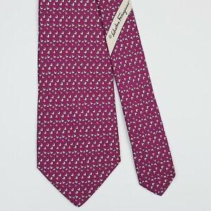 SALVATORE FERRAGAMO TIE Heart on Purple Classic Silk Necktie