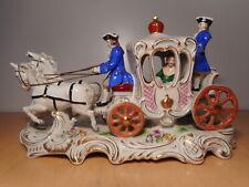 Sculpture statue groupe biscuit porcelaine allemande chevaux carosse diligence