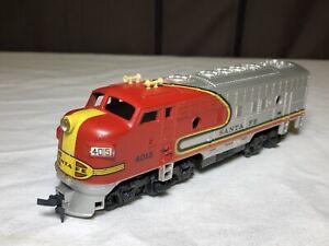 Tyco Mantua 4015 Santa Fe Locomotive