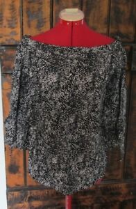 """""""COUNTRY ROAD"""" LADIES SILK BLEND TOP NWOT SIZE S"""
