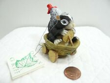 Charming Tails Silvestri The Float Driver Skunk Figurine 87587 Christmas Griff