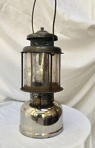 Vintage Coleman Q lite lantern Undated with Mica globe