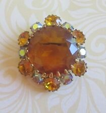 GORGEOUS DOMED BROOCH w GLASS CENTRE AND AMBER & AURORA BOREALIS DIAMANTES