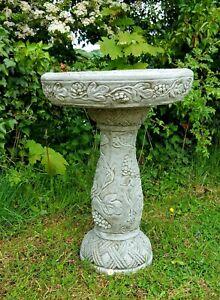 Beautiful LEAF BIRD BATH FEEDER Highly Detailed Stone Garden Ornament Decor