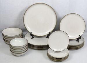 Lot 25 Heath Ceramics Opaque Coupe Shape Dinnerware China Dinner Plates Bowls
