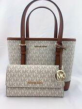 Новая с ценниками Michael Kors Jet Set путешествий кожа Xs сумка-тоут сумка + triford бумажник