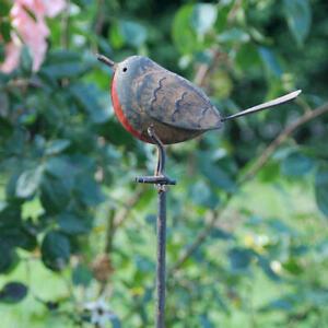 Tin Robin on Stake -  Decorative Garden Outdoor Metal Bird Ornaments - Ascalon