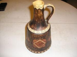 Vaso brocca ceramica ceramiche SANTUCCI DERUTA 982 / 31 lavorato a mano vintage