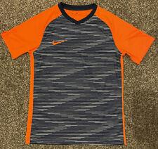Nike Medium Dri Fit Tshirt