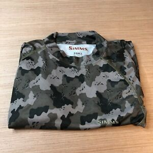 Simms Mens Size S Small Camo Base Layer Stretch Fishing Shirt