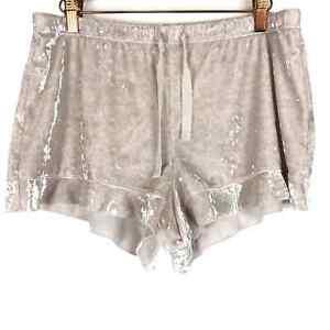 Victoria's Secret Cream Crushed Velvet Shorts Med