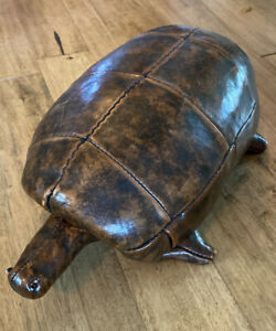 MCM VTGE Dimitri Omersa Abercrombie & Fitch Leather turtle Sculptural Foot Stool