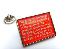 MAN UTD FERGUSON FAMOUS QUOTE LAPEL PIN BADGE GIFT