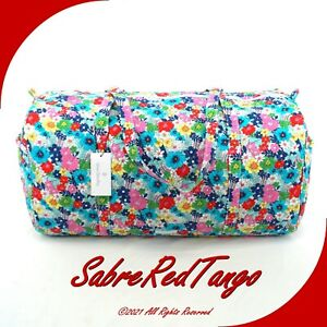 NWT VERA BRADLEY QUILTED LARGE TRAVELER DUFFEL GYM BAG FAR OUT FLORAL