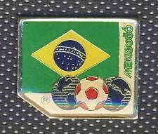 1986 FIFA  WORLD CUP in Mexico team BRAZIL PIN Badge FOOTBALL Soccer BRASIL