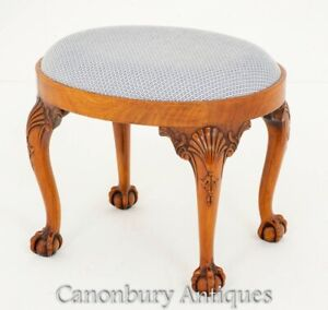 Queen Anne Stool - Walnut Seats