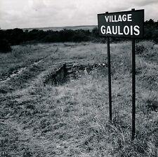 ALESIA c. 1960 - Village Gaulois Côte d'Or - DIV 3581