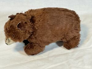 VINTAGE KEY WIND-UP BROWN BEAR IN WORKING CONDITION