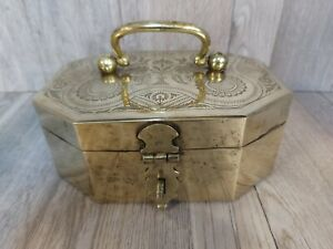 Brass Pandan Betel Spice 5 Compartment Tray Engraved India Pandaan Box Case