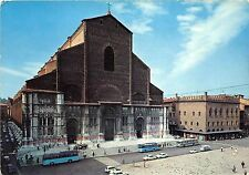 B66100 Italia Bologna Basilica S Petronio autobus  italy