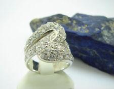 Künstliche Echtschmuck-Ringe aus Weißgold
