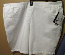 Briggs Shorts Women's 22W Comfort Waistband White (8-1586A