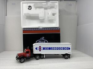 1/34 First Gear Mack L St. Johnsbury  Tractor  and trailer Part # 19-3906