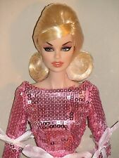 "Integrity Toys,Fashion Royalty Vanessa ""Temptation"" Very hard to find, NRFB"