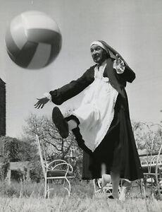 Vincent Price Dressed as Nun Playing w Ball Bizarre Fun Photograph 1966 Original