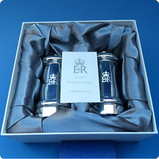 A Personal Gift From H.M.Queen Elizabeth II - 2011