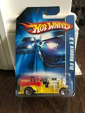 Hot Wheels 2007 #191 Of 223 Old Number 5.5 Yellow NIP VHTF Fire Engine Truck