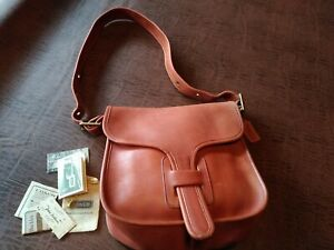 Vtg 1977 Coach Courrier Pouch Shoulder Bag Rust w Hang Tag & Paperwork VG Cond