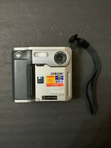 Sony Mavica Digital Still Camera - 3 1/2-inch Floppy Disk Model MVC-FD5 Vintage