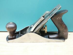 OLD WOODWORKING TOOLS CLEAN STANLEY BAILEY No. 4 SMOOTH BOTTOM PLANE