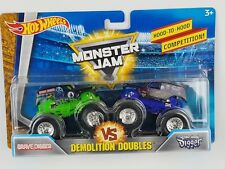 Hot Wheels 2018 Monster Jam Demolition Doubles Grave DIgger vs Son-uva Digger