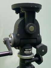 Model 1600 Majestic geared tripod head by Modern Builders with large round plate