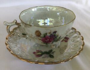 Vintage - Lustre Ware Floral Cup/Saucer. Roses. C.1950/60's.