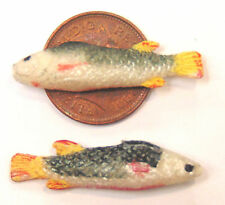 1:12 Scale Two Polymer Clay Fish For Dolls House Kitchen Shop Pet Accessories V