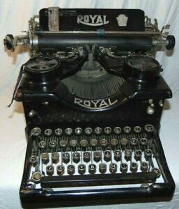 Antique Royal Black Metal Manual Typewriter Model 10 Double Glass Panels C. 1921