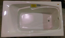 Jacuzzi Drop In Pure Air® White Bath Tub CET6036ALR2XXW