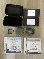 Nintendo DS Lite con funda, cargador, R4 y juegos