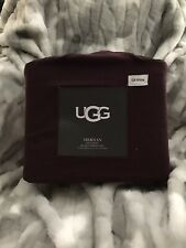 UGG Queen Size Flannel Sheet Set Maroon In Color NWT